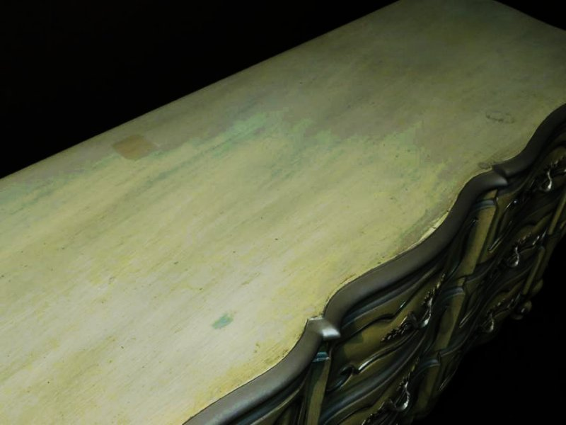 HAND PAINTED FRENCH STYLE CHEST OF DRAWERS - 4
