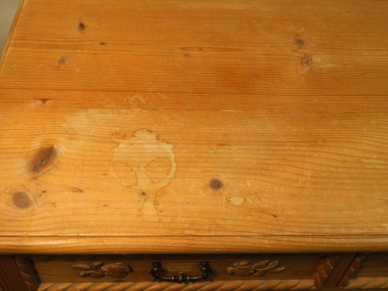 SMALL CARVED PINE WOOD CHEST OF DRAWERS - 3