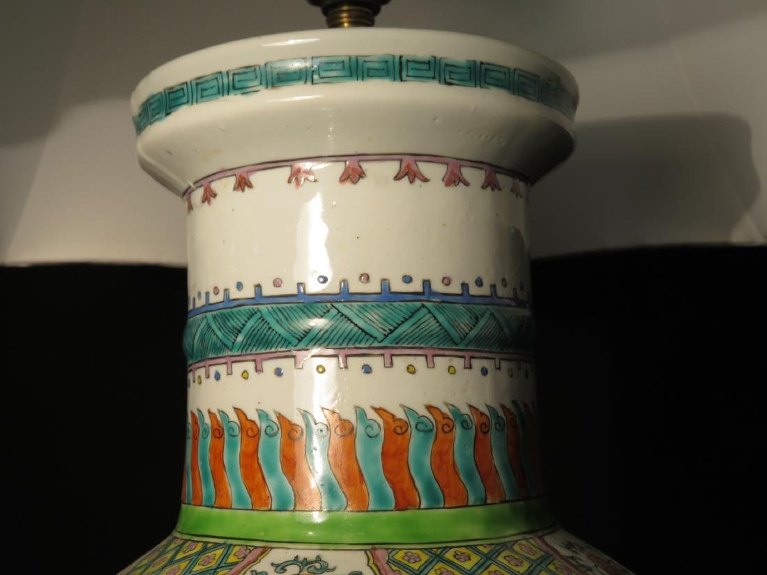 PAIR CHINESE FAMILLE ROSE VASES AS TABLE LAMPS - 3