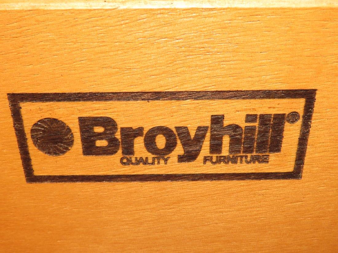 BROYHILL PINE DRESSER W/ MIRROR - 4