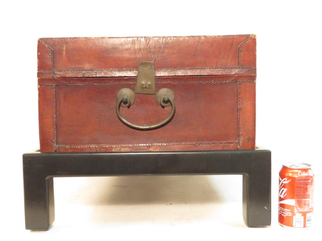 VINTAGE CHINESE EMBOSSED LEATHER CHEST ON LEGS - 6