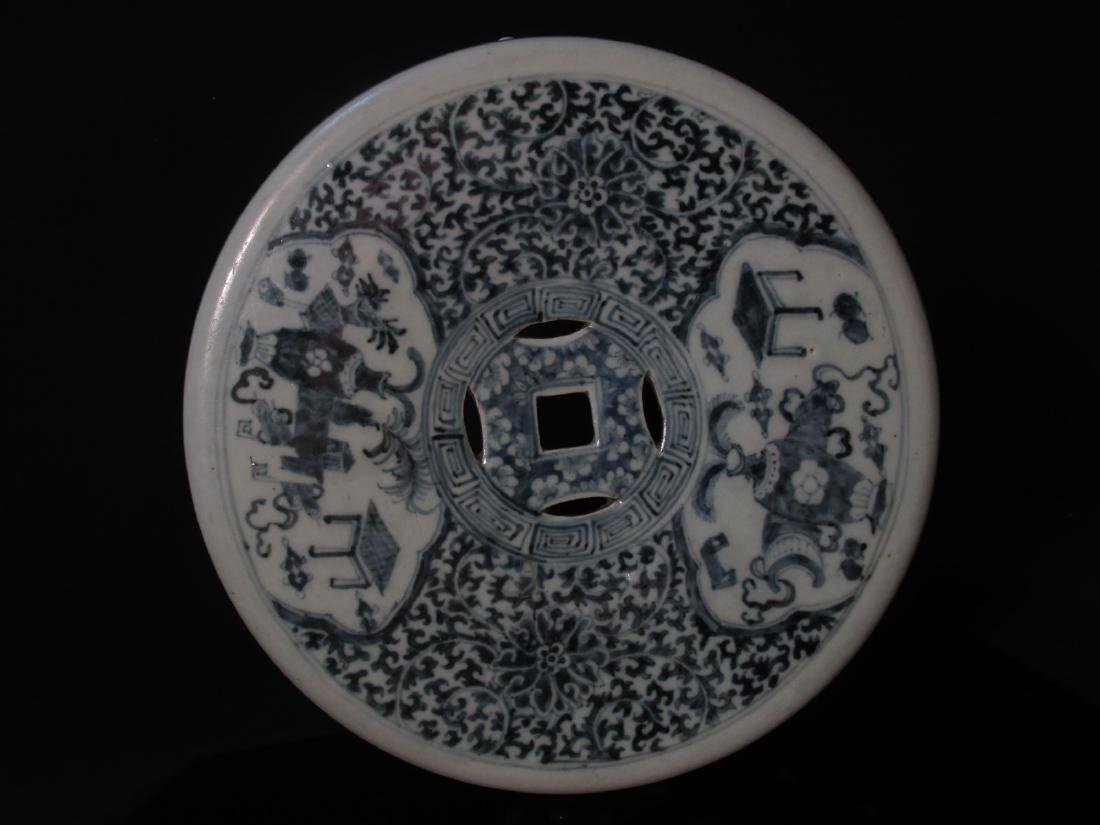 CHINESE QING DYNASTY BLUE & WHITE GARDEN STOOL - 6