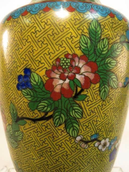 CHINESE CLOISONNE VASE MOUNTED AS TABLE LAMP - 4