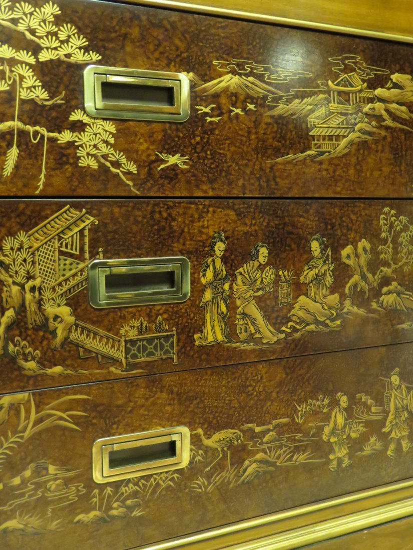 LARGE DREXEL HERITAGE CHINOISERIE BREAKFRONT - 5