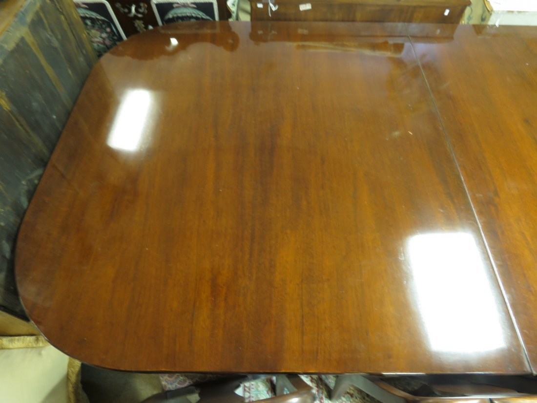EARLY 20TH C DUNCAN PHYFE STYLE DINING TABLE - 6