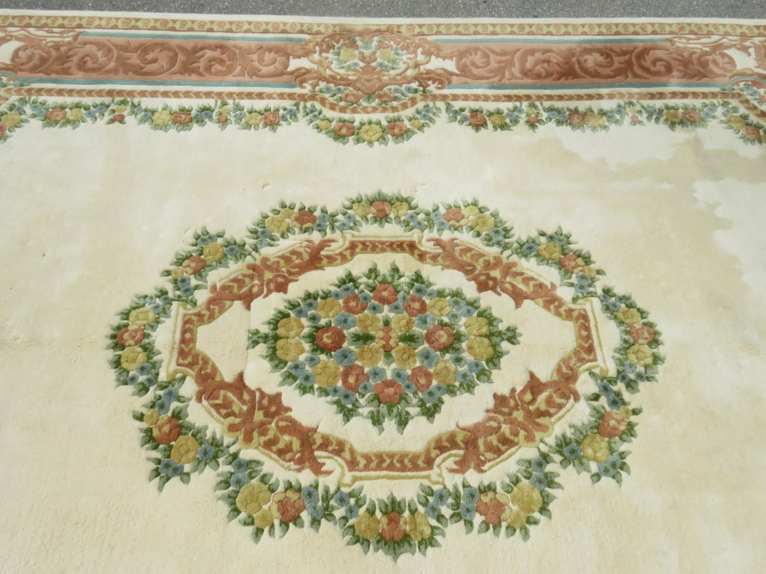 LARGE FLORAL HAND KNOTTED WOOL RUG - 4