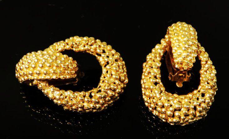 PAIR LADIES HEAVY 14K YELLOW GOLD EARRINGS 32.8 G