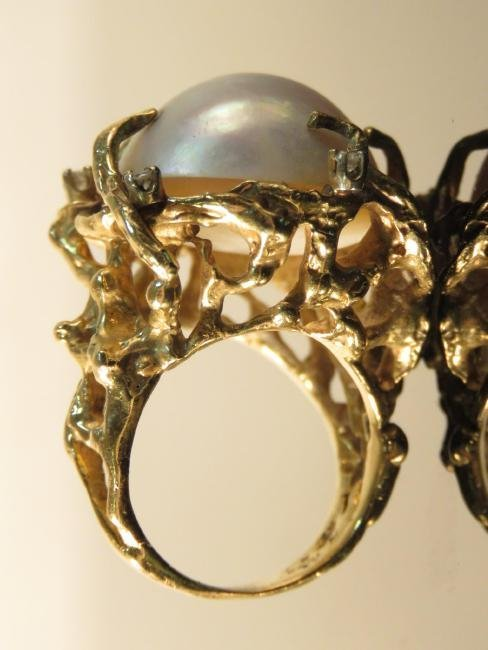 LADIES 14K GOLD, MABE PEARL & DIAMOND COCKTAIL RIN