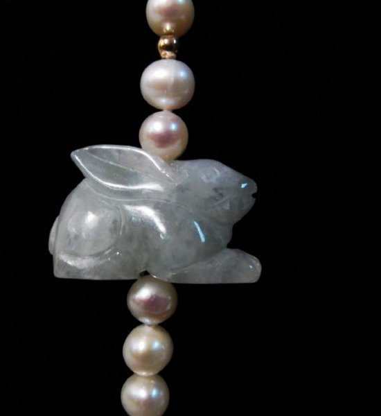 CHINESE ZODIAC ANIMAL CARVED JADE & PEARL NECKLACE - 4