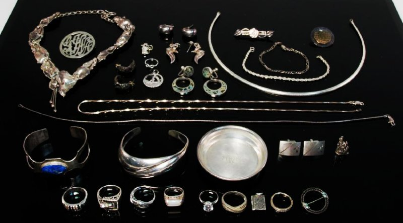 ESTATE STERLING SILVER JEWELRY LOT