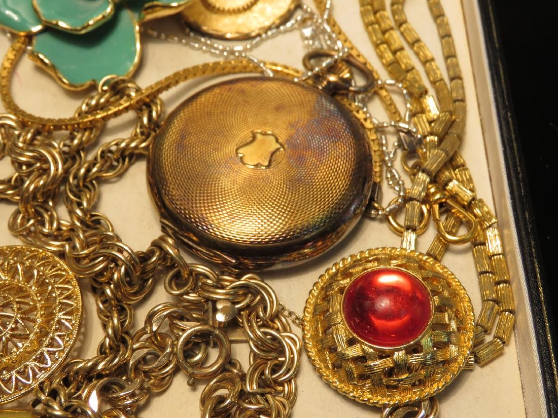 TRAY LOT VINTAGE & ANTIQUE JEWELRY GOLD FILLED ETC - 3