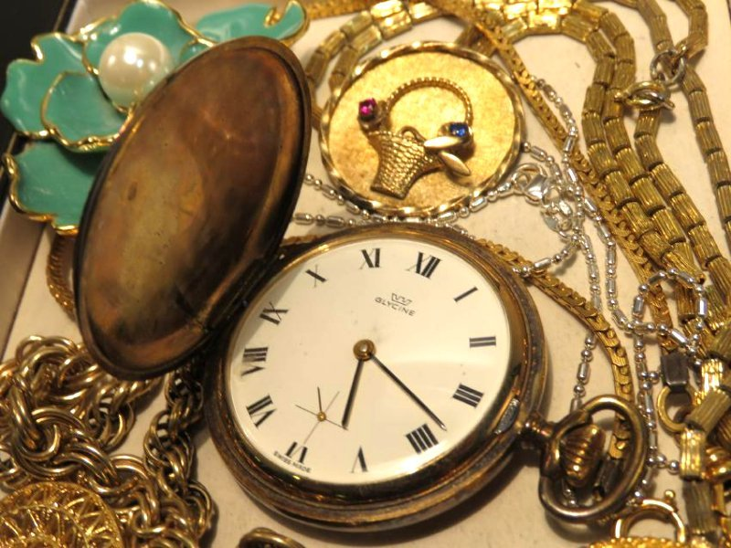TRAY LOT VINTAGE & ANTIQUE JEWELRY GOLD FILLED ETC - 6