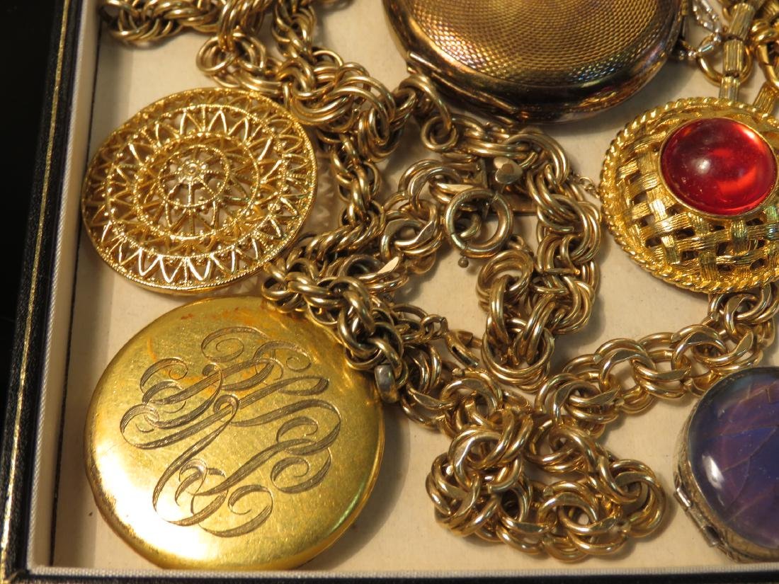 TRAY LOT VINTAGE & ANTIQUE JEWELRY GOLD FILLED ETC - 8