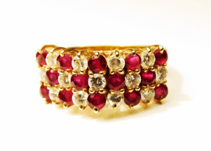 LADIES 14K YELLOW GOLD DIAMOND & RUBY RING SZ 6