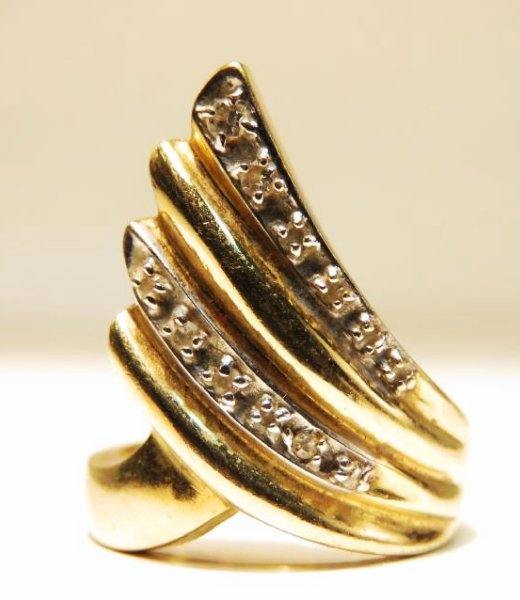 LADIES 14K YELLOW GOLD DIAMOND COCKTAIL RING SZ 6