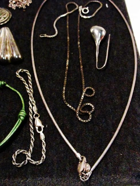 TRAY LOT LADIES STERLING SILVER COSTUME JEWELRY - 7