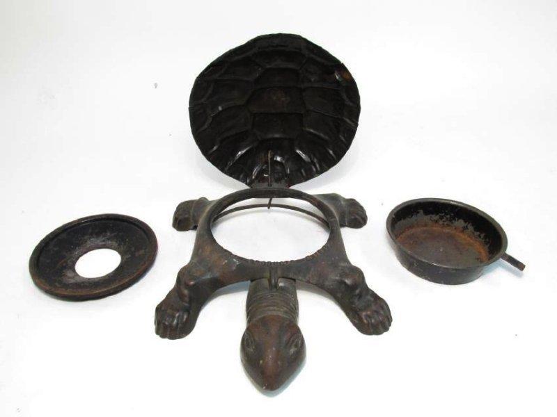 ANTIQUE 1890 MECHANICAL CAST IRON TURTLE SPITOON - 4