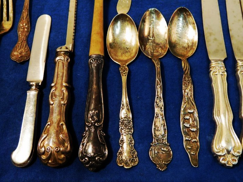 STERLING SILVER FLATWARE GROUP: 37.4+ TROY - 3