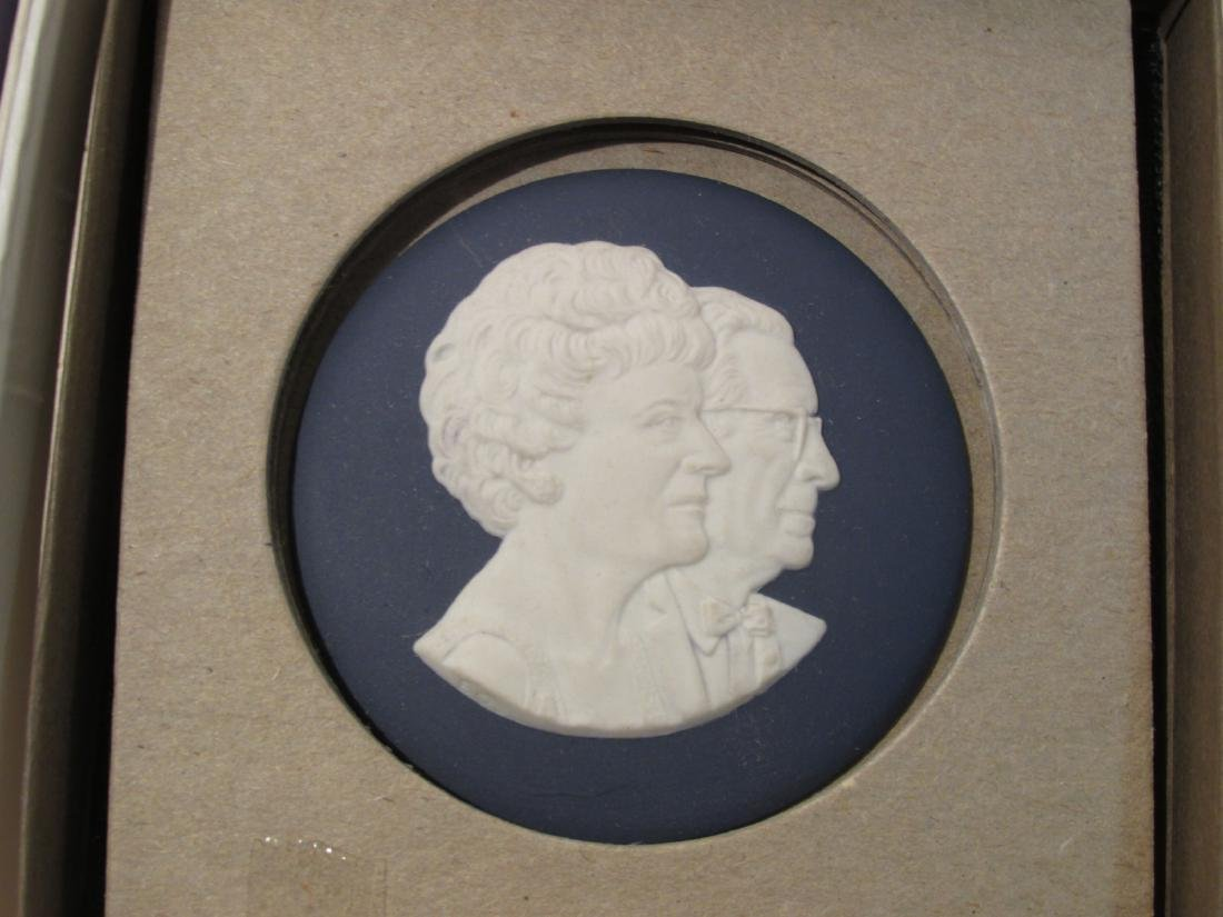 COLLECTION WEDGWOOD JASPERWARE CAMEO & DISHES - 11