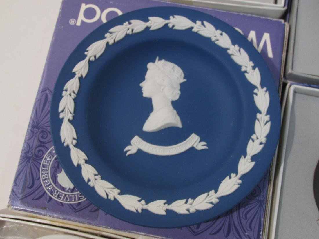 COLLECTION WEDGWOOD JASPERWARE CAMEO & DISHES - 7