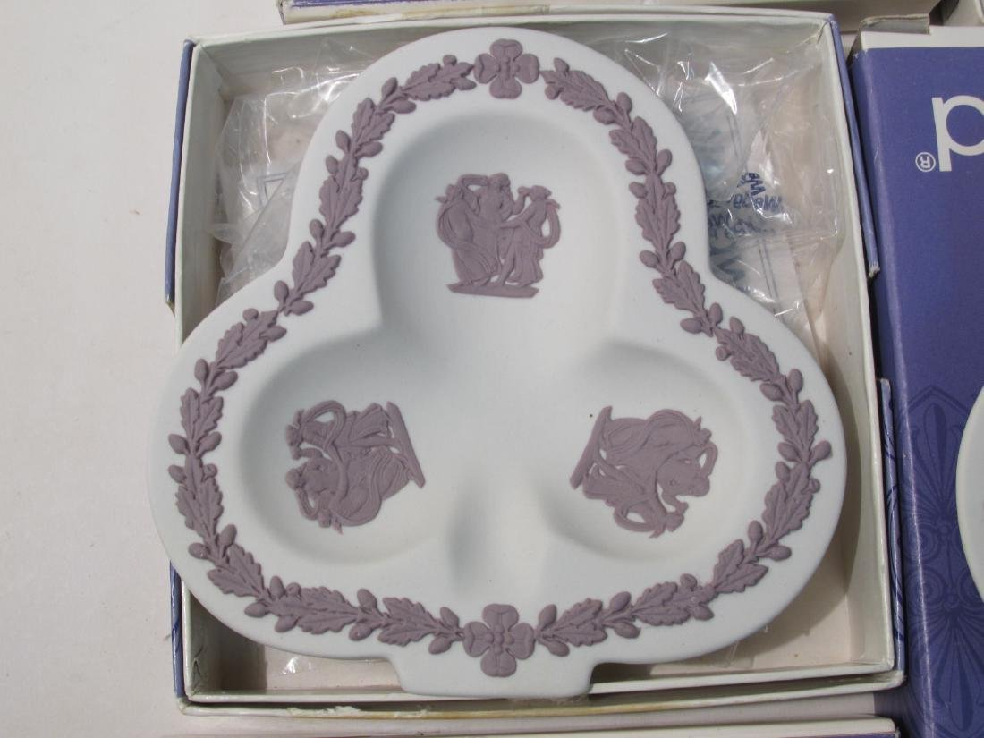COLLECTION WEDGWOOD JASPERWARE CAMEO & DISHES - 8