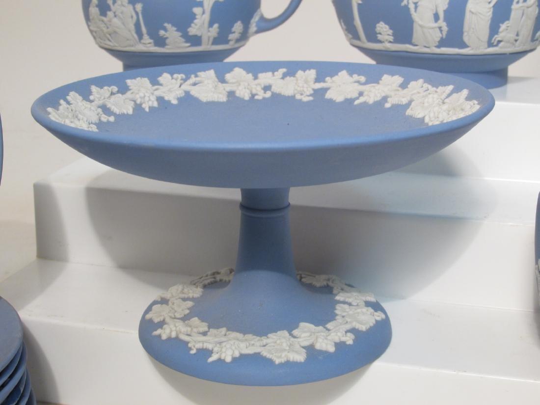 WEDGWOOD BLUE JASPERWARE TEA SET: 31 PCS - 9