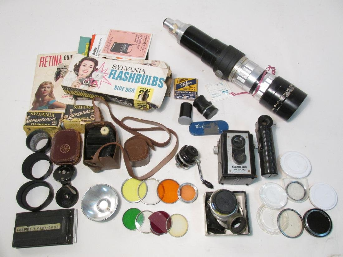 ASSORTED VINTAGE CAMERA GEAR & ACCESSORIES