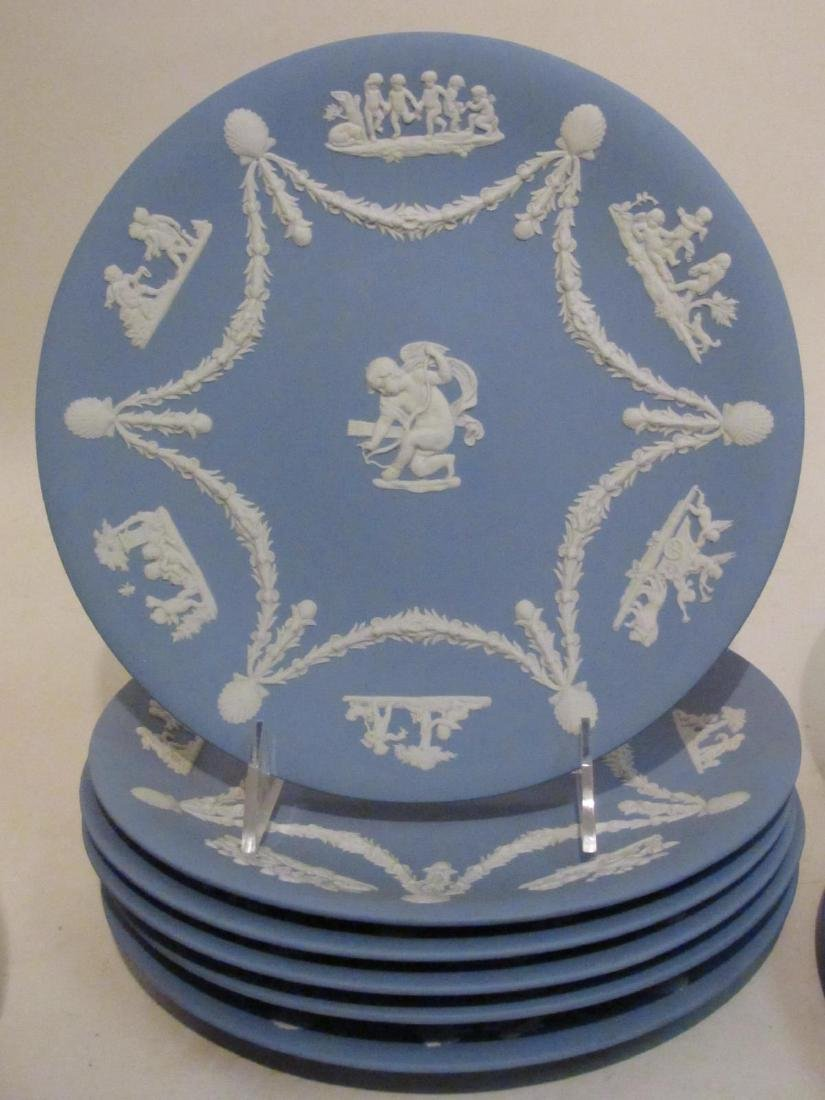 WEDGWOOD BLUE JASPERWARE DINNERWARE 18 PCS - 5