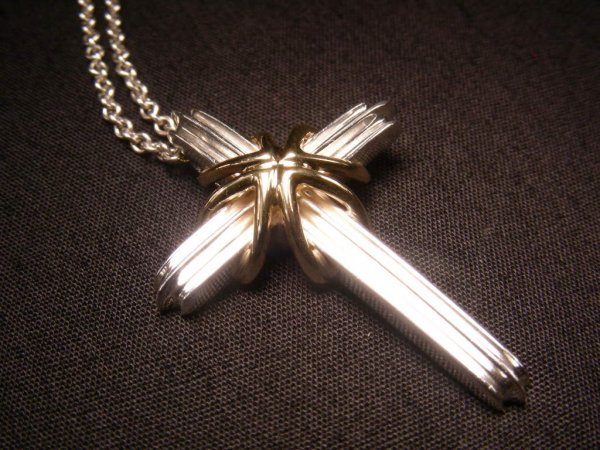 703: TIFFANY & CO STERLING 18 KT GOLD CROSS CRUCIFIX