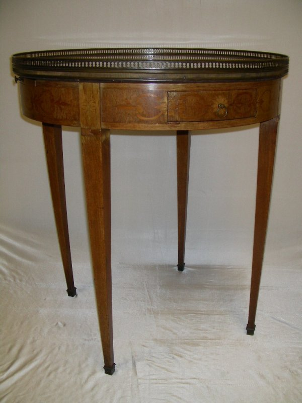 741: VINTAGE STONE TOPPED ROUND GALLERY TABLE