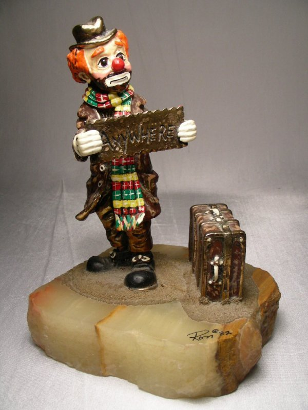 4: RON LEE CLOWN SCULPTURE ANYWHERE SIGNED RON@82