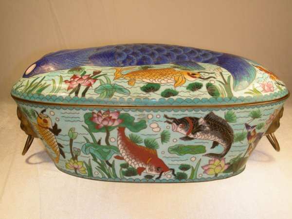 8: CHINESE CLOISONNE FISH POACHER COVERED POT