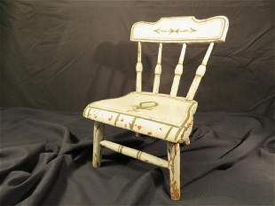 ANTIQUE MINIATURE DOLL'S WINDSOR STYLE CHAIR