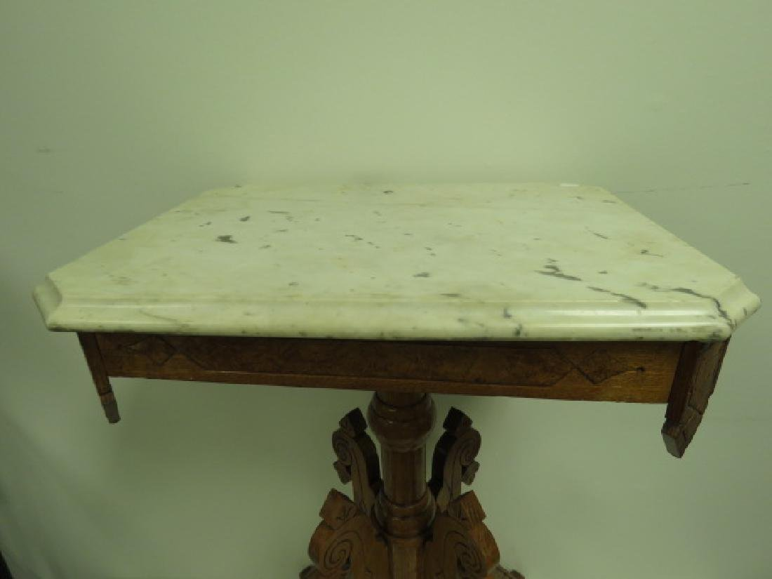 SMALL EASTLAKE VICTORIAN MARBLE TOP SIDE TABLE - 2