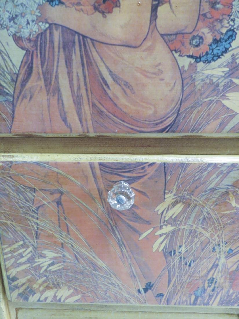THREE DRAW STAND WITH ART NOUVEAU DECORATION - 3