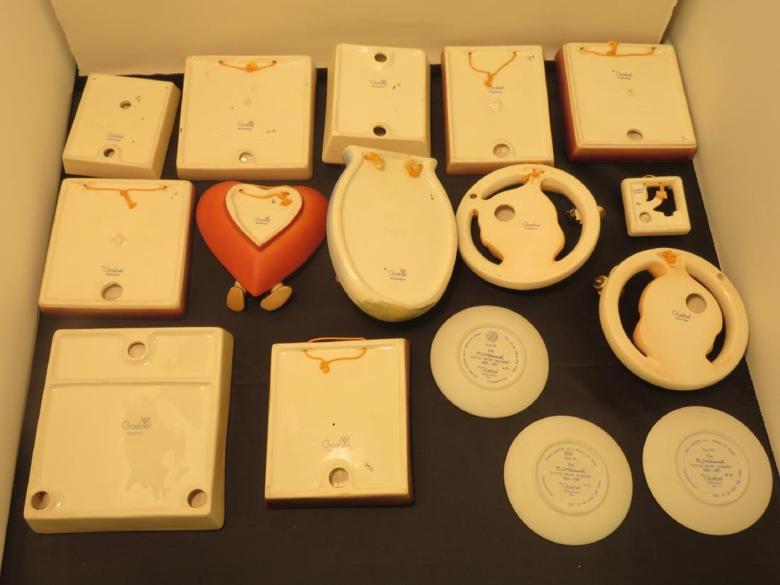 SIXTEEN ASSORTED GOEBEL HUMMEL WALL PLAQUES/POCKET - 4