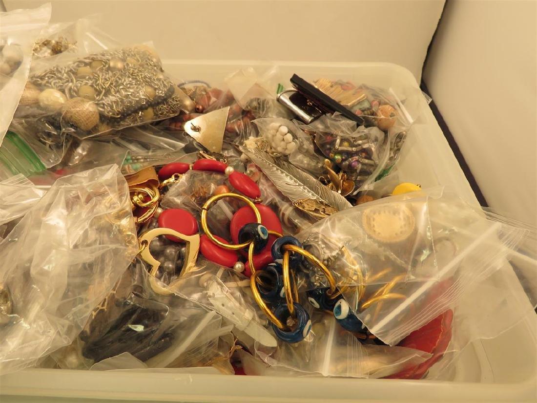 TWENTY LBS OF ASSORTED COSTUME JEWELRY BOX LOT - 2