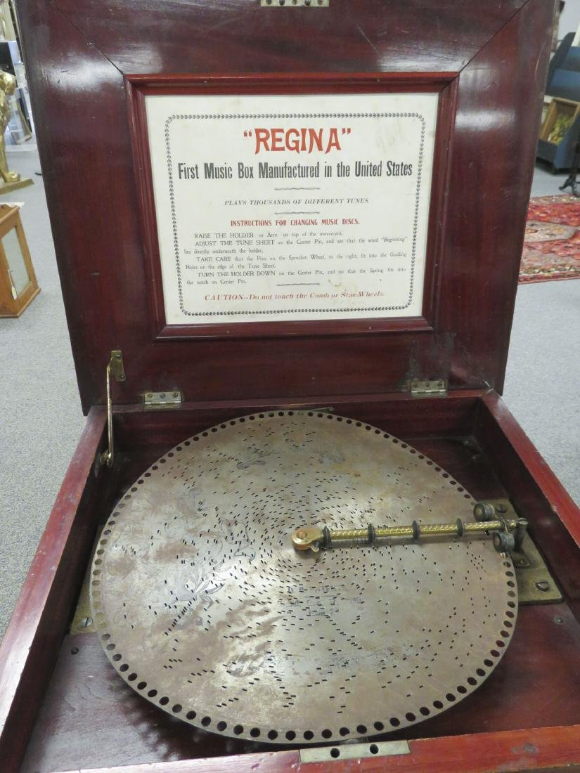 "ANTIQUE REGINA 15.5"" DISC COIN OPERATED MUSIC BOX - 2"