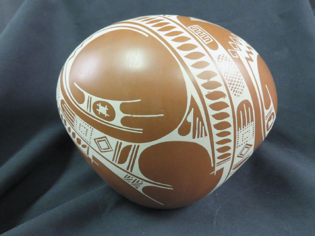 ISMAEL FLORES MEXICAN POTTERY BOWL ON STAND - 2