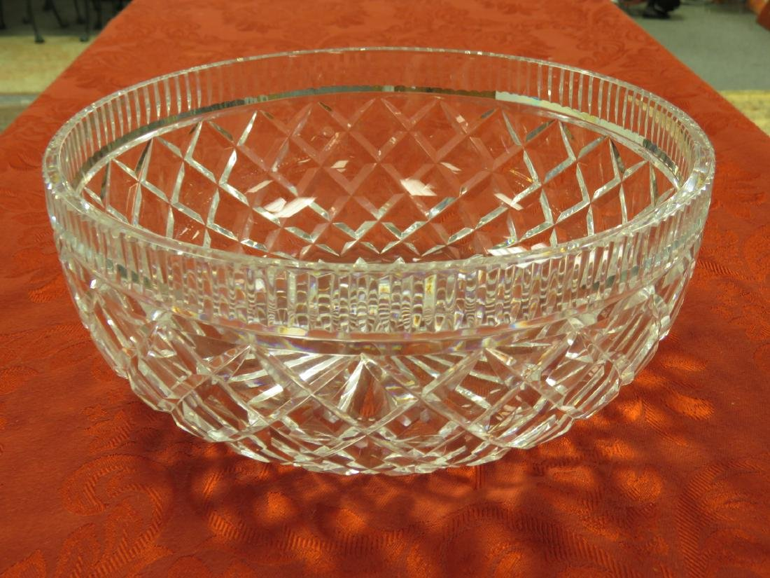 LARGE WATERFORD CRYSTAL CENTER BOWL