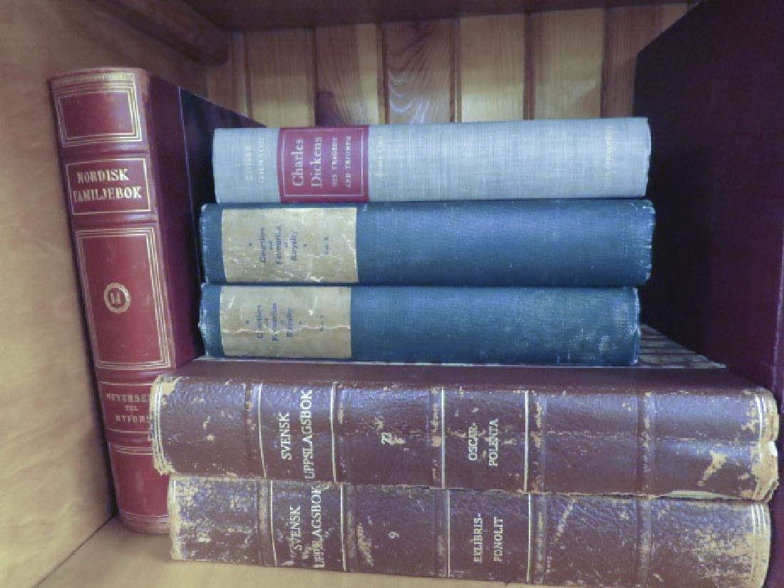 ASSORTED ANTIQUE & VINTAGE BOOKS - 3
