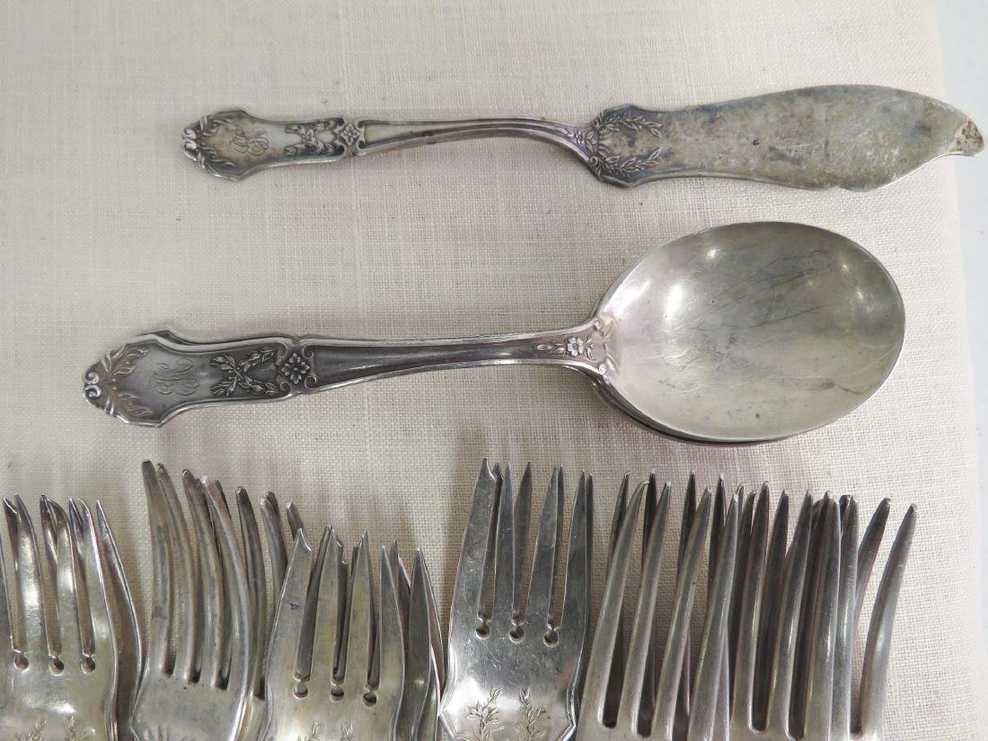 ANTIQUE STERLING SILVER FLATWARE 35.2 TROY - 4