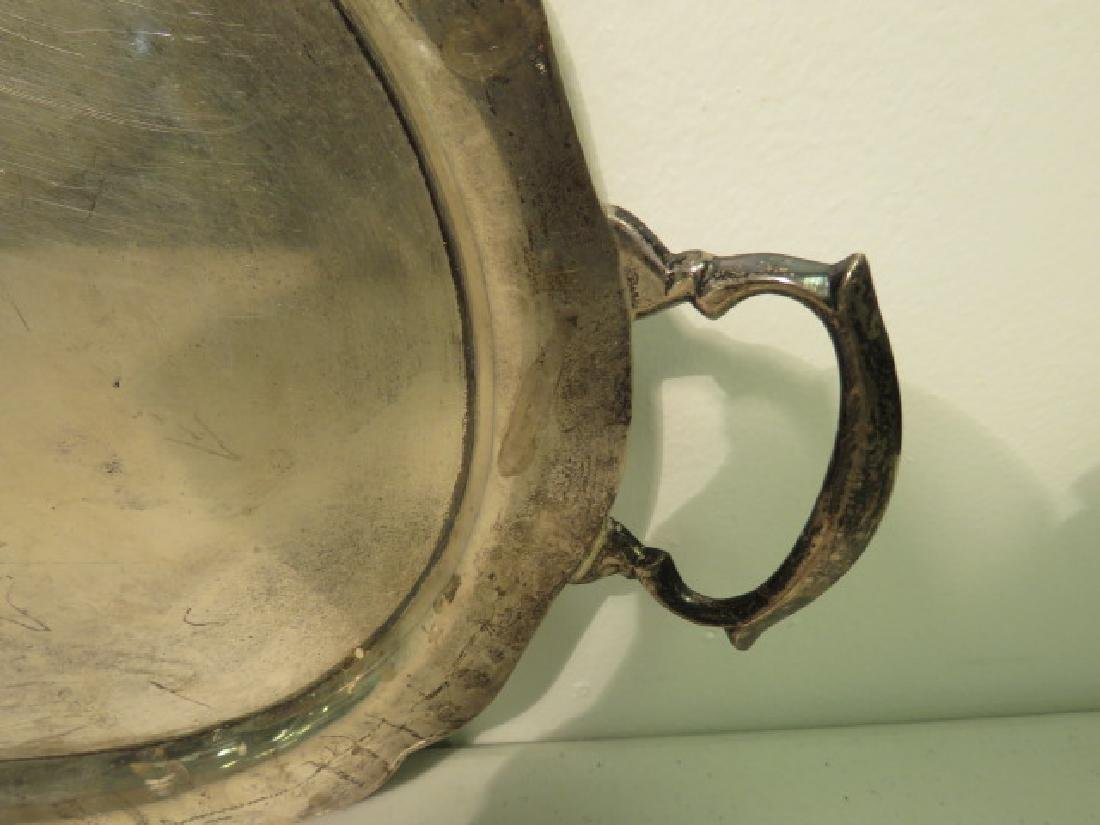 CONTINENTAL SILVER SCALLOPED & HANDLED TRAY 30.4T - 2