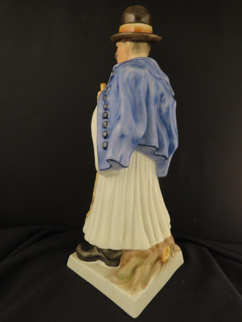 HEREND PORCELAIN FIGURINE OF A PEASANT - 3