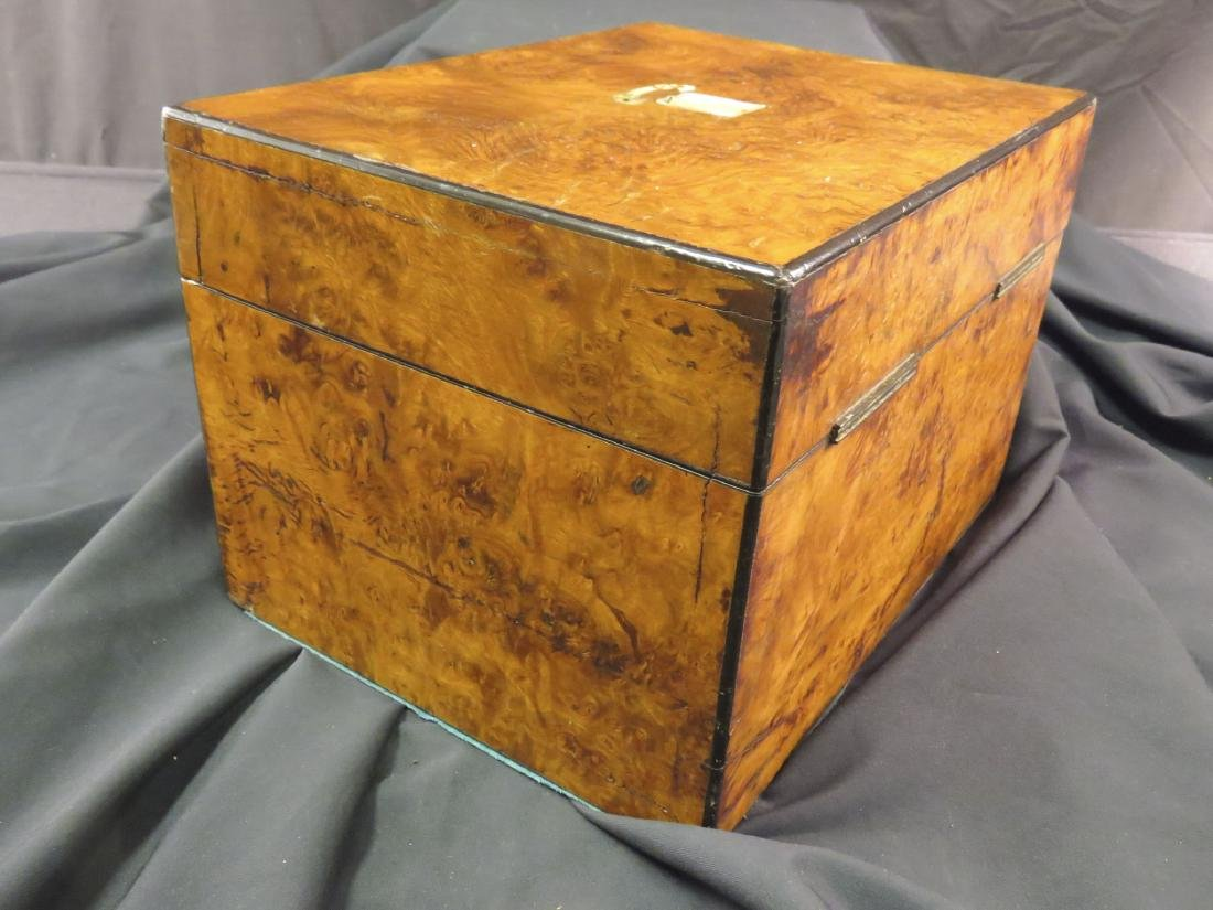 ANTIQUE BURLED WOOD TRAVELING VANITY CASE - 7