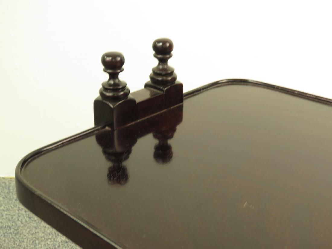 HENREDON REGENCY STYLE TWO TIER SIDE TABLE - 2