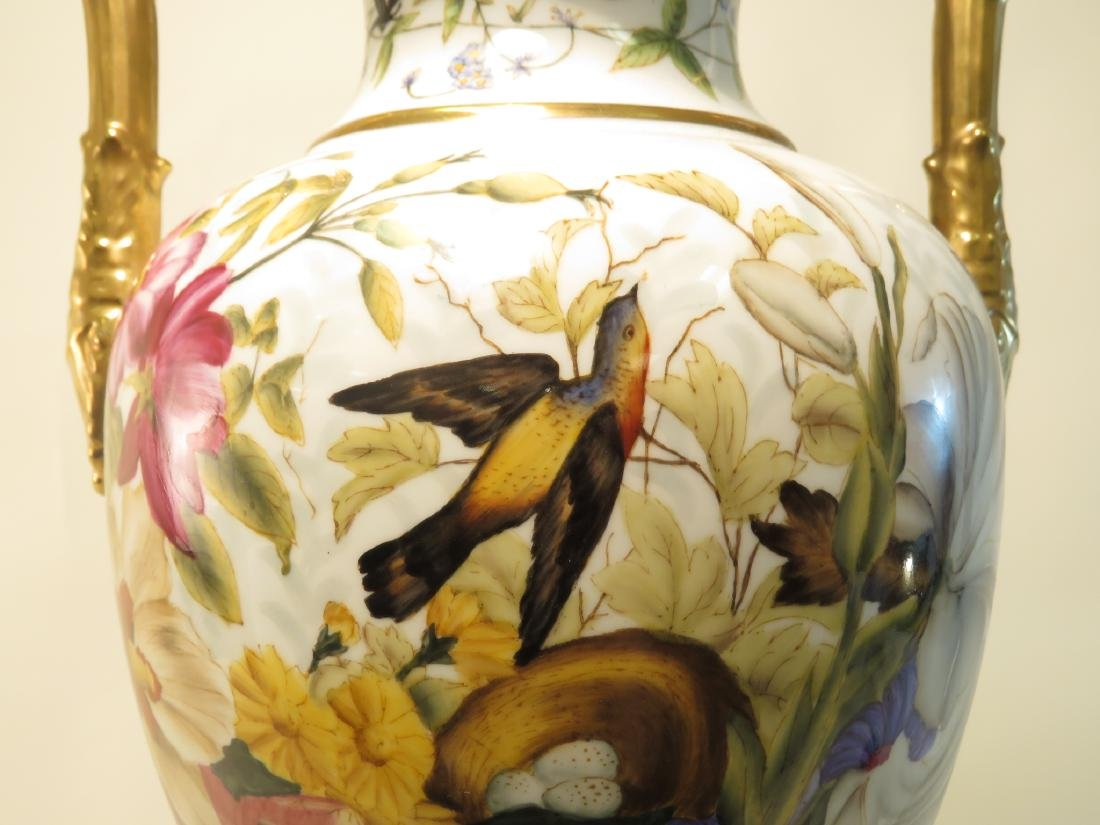 CHELSEA HOUSE PAINTED PORCELAIN URN - 3