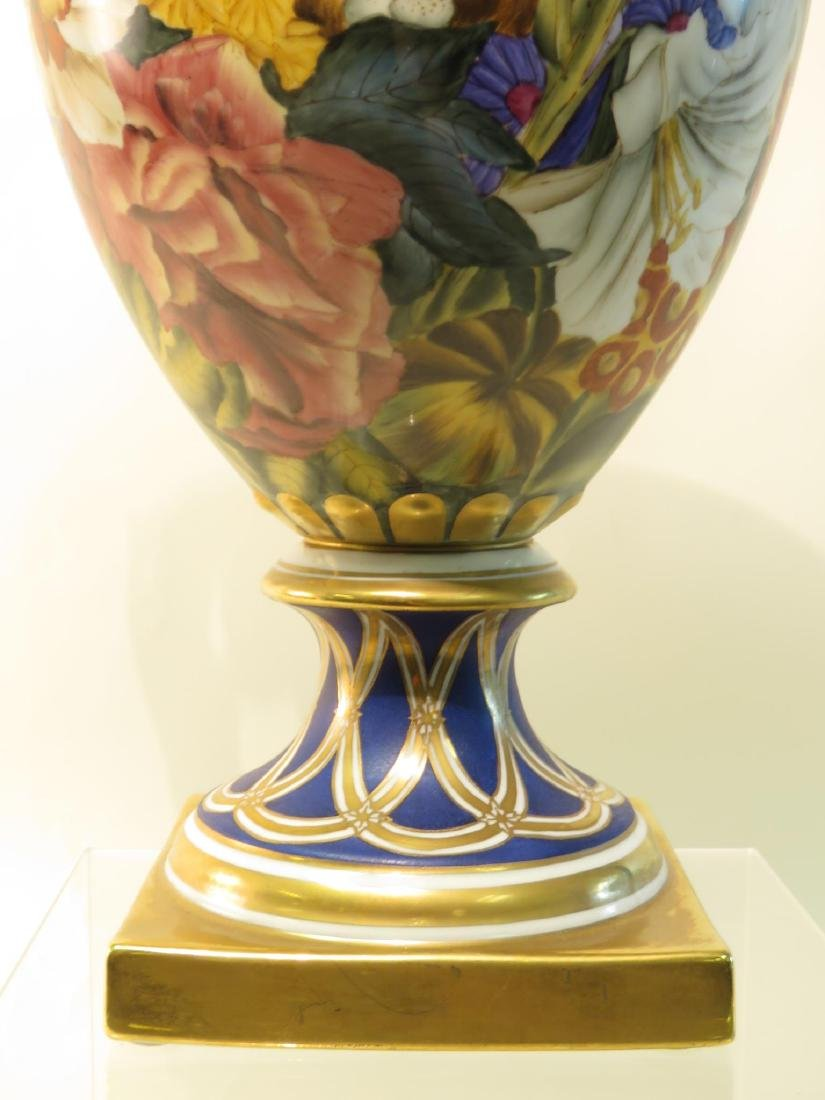CHELSEA HOUSE PAINTED PORCELAIN URN - 4