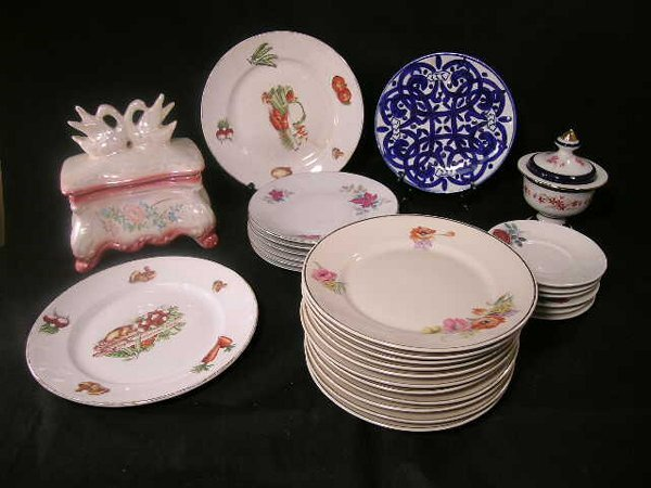 418: LG GROUP PORCELAIN PLATES TRAY COVERED BOX ETC.