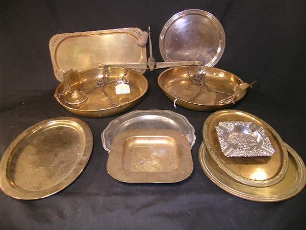 419: GROUP BRASS METAL PLATTERS ASH TRAYS ETC